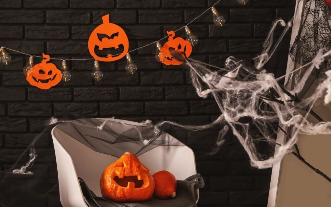 Halloween Competition: Best Decorated Studio